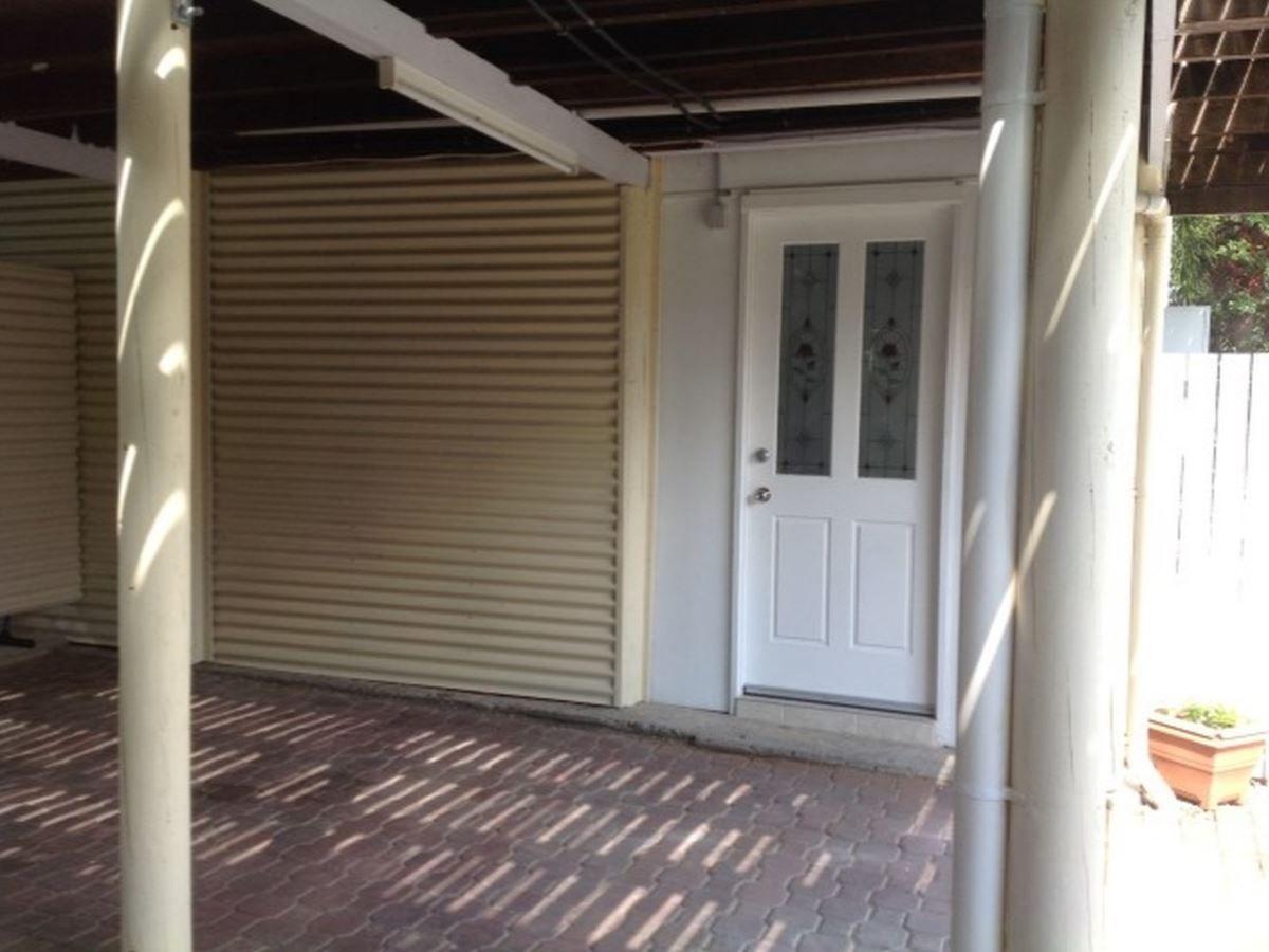 138c GREENSLOPES STREET, Edge Hill QLD 4870, Image 2