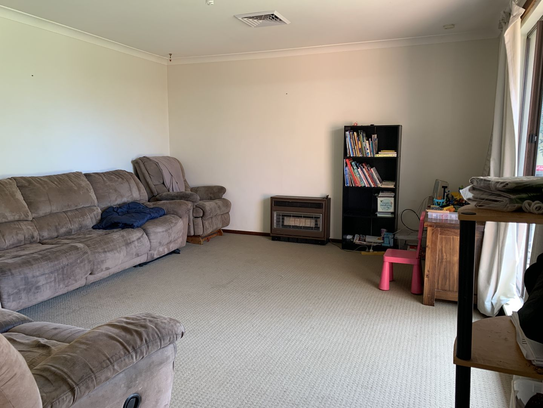 28 Pearce Road, Australind WA 6233, Image 1