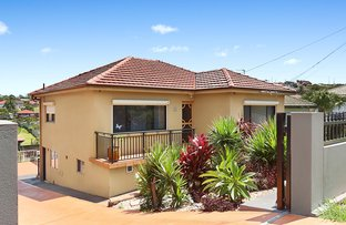 Picture of 16 Mirrabooka Road, Lake Heights NSW 2502