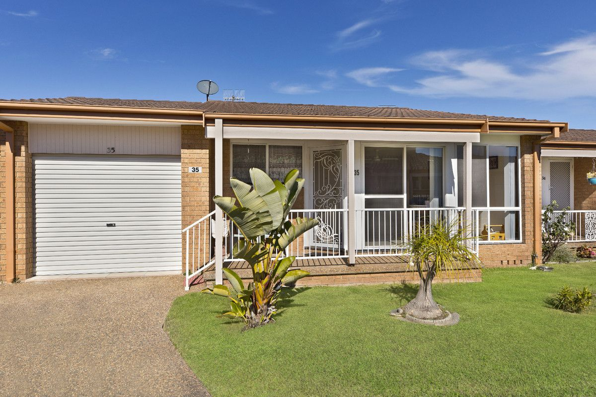 35 Gilbert Avenue, Gorokan NSW 2263, Image 0