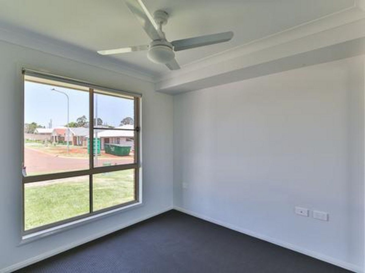 2/4 Northpoint Avenue, Harlaxton QLD 4350, Image 1