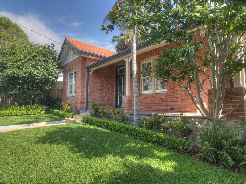 27 Artarmon Road, Willoughby NSW 2068, Image 2