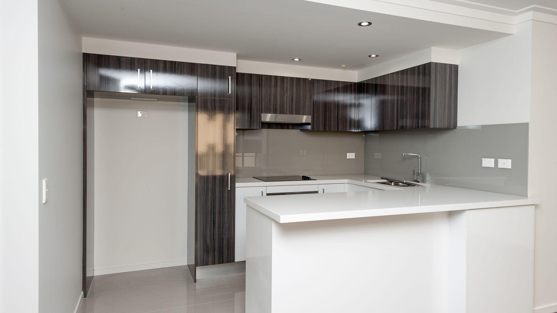 905/35 McDougall Street, Milton QLD 4064, Image 2