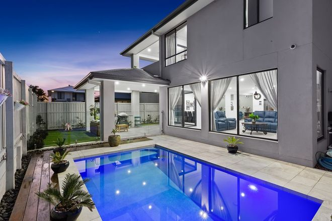 Picture of 27 Daniel Drive, ROCHEDALE QLD 4123