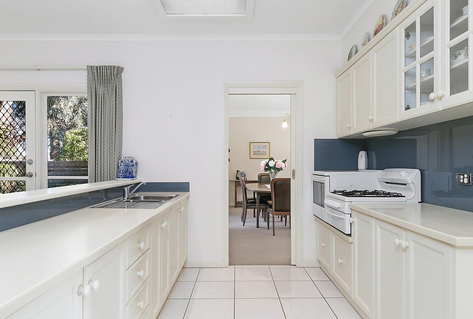 9/51 Helms Street, Newcomb VIC 3219, Image 2