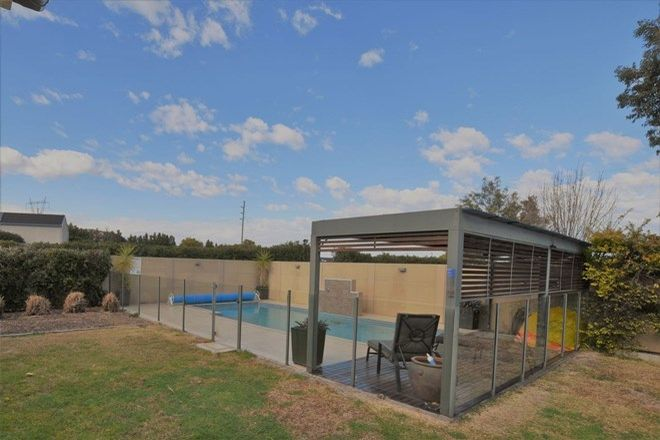Picture of 3 Sledmere Cl, SCONE NSW 2337