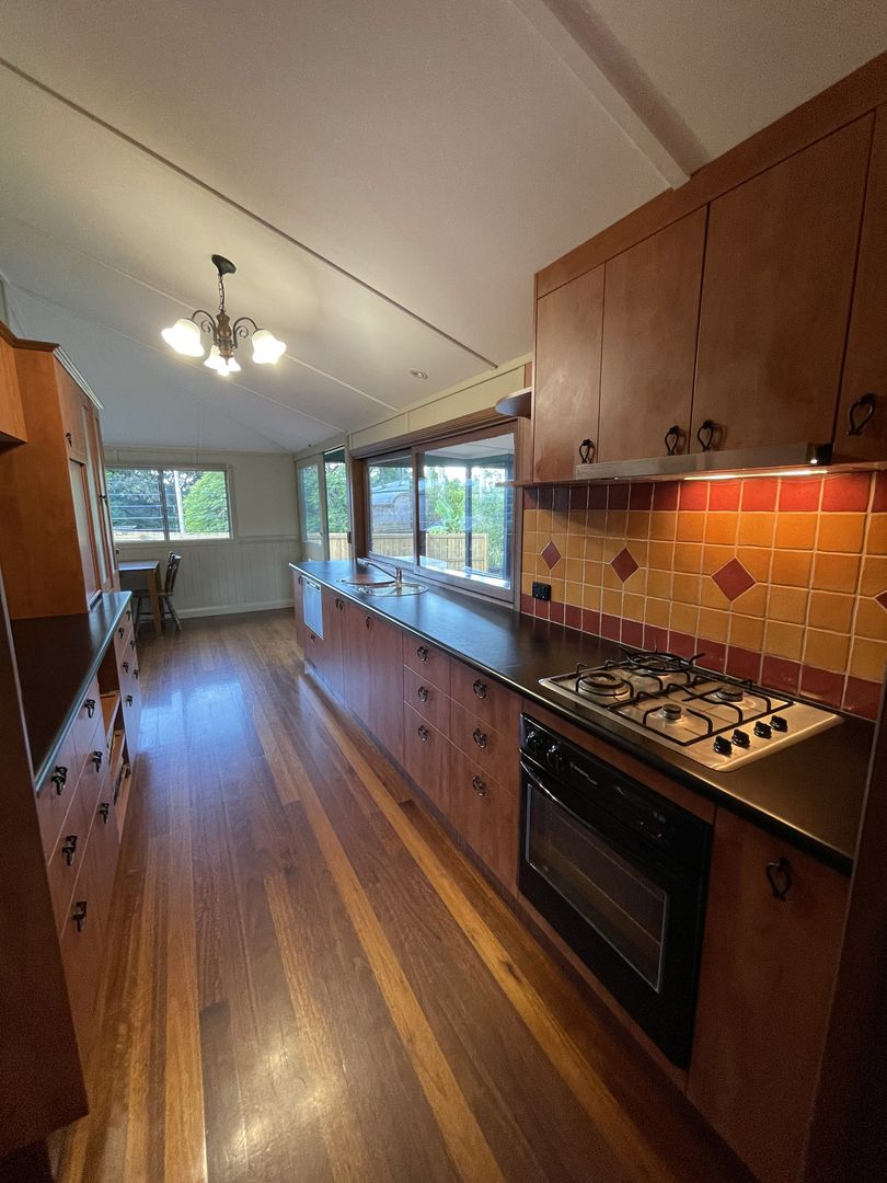 38 Parsons Road, Forest Glen QLD 4556, Image 2
