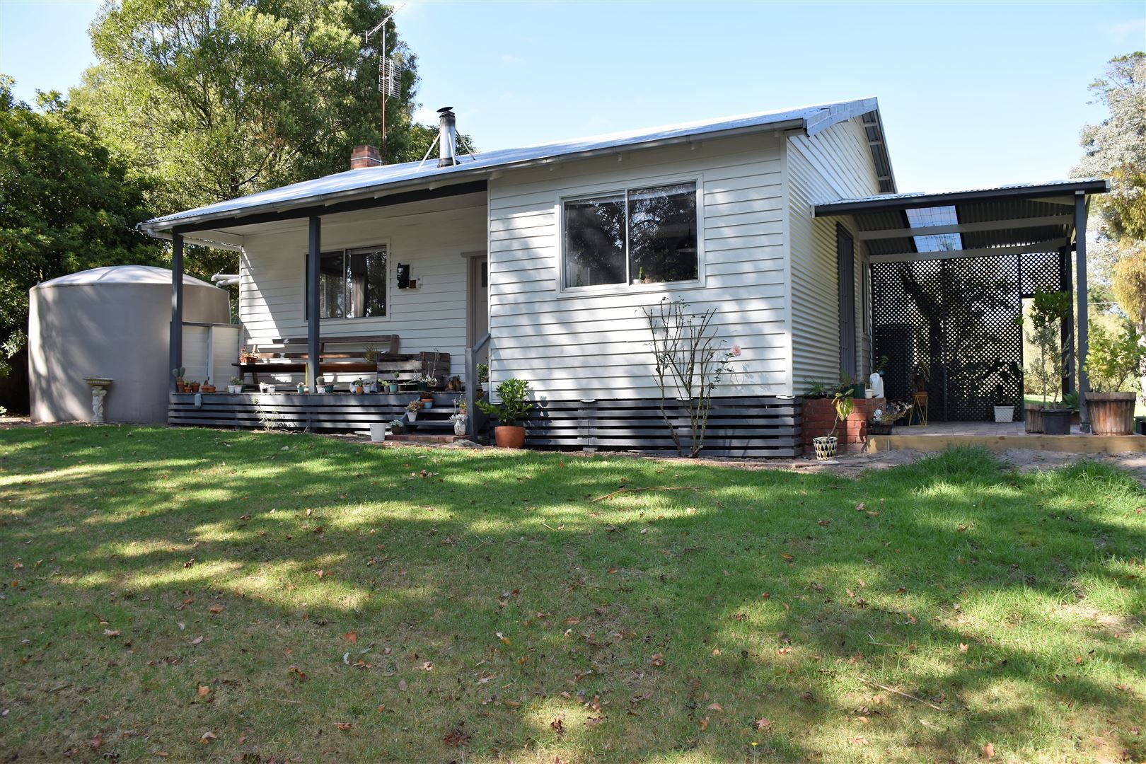 17 Old Princes Highway, Cabbage Tree Creek VIC 3889, Image 2