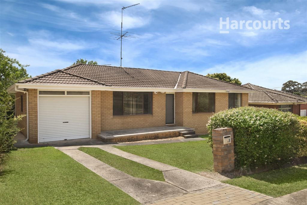 6 College Road, Campbelltown NSW 2560, Image 0