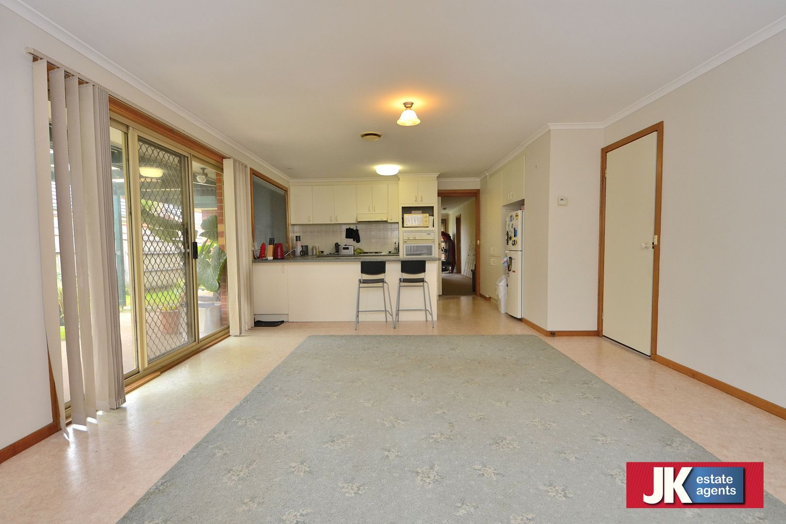 21 Sark Court, Hoppers Crossing VIC 3029, Image 2