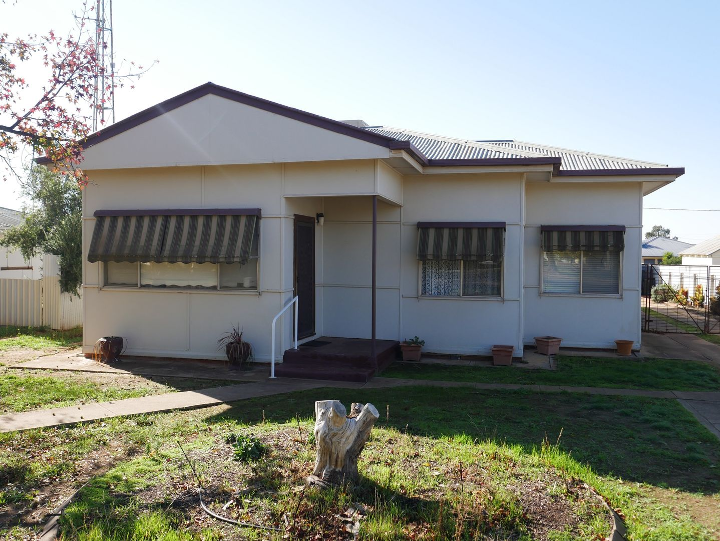11 Currawang Avenue, Leeton NSW 2705, Image 0