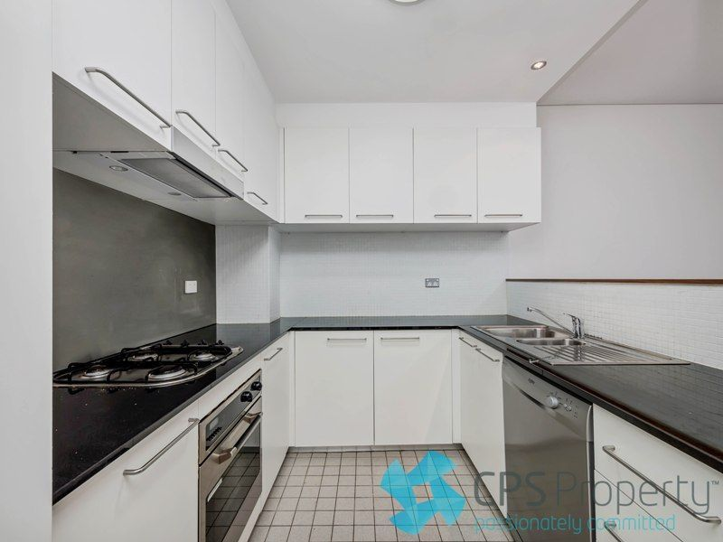 25/45-49 Holt Street, Surry Hills NSW 2010, Image 2