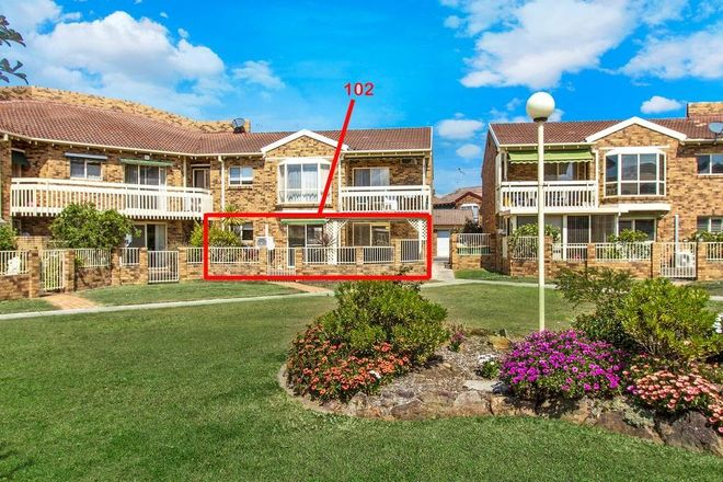 102/15 Lorraine Avenue, BERKELEY VALE NSW 2261