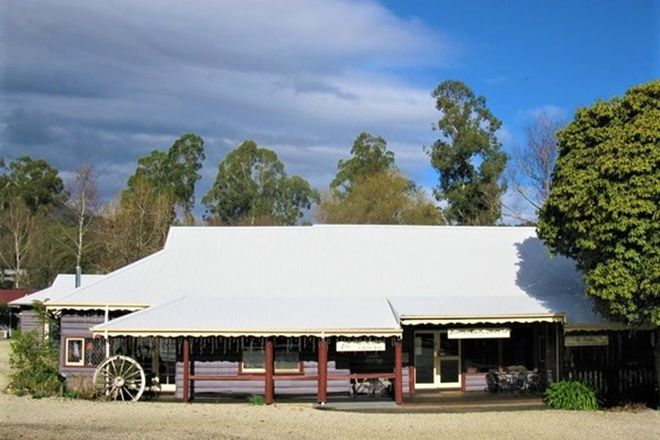 Picture of 4 Woods Point Road, MARYSVILLE VIC 3779
