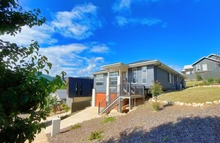 Picture of 15 Mountain Mist Drive, Bright VIC 3741
