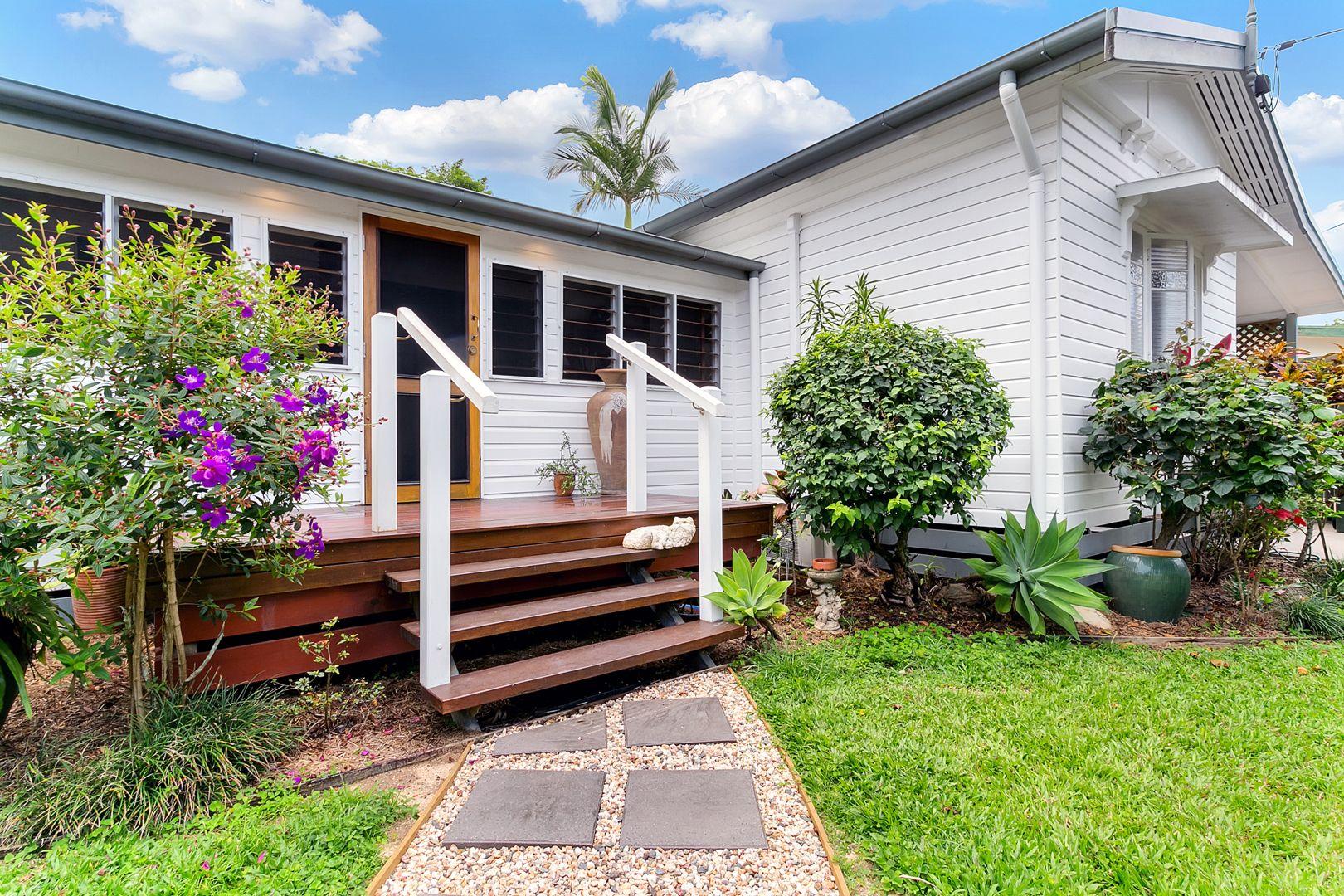29 Mona Street, Whitfield QLD 4870, Image 0