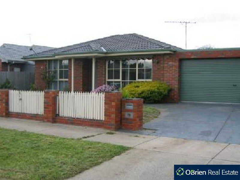 79 Strong Drive, Hampton Park VIC 3976, Image 0