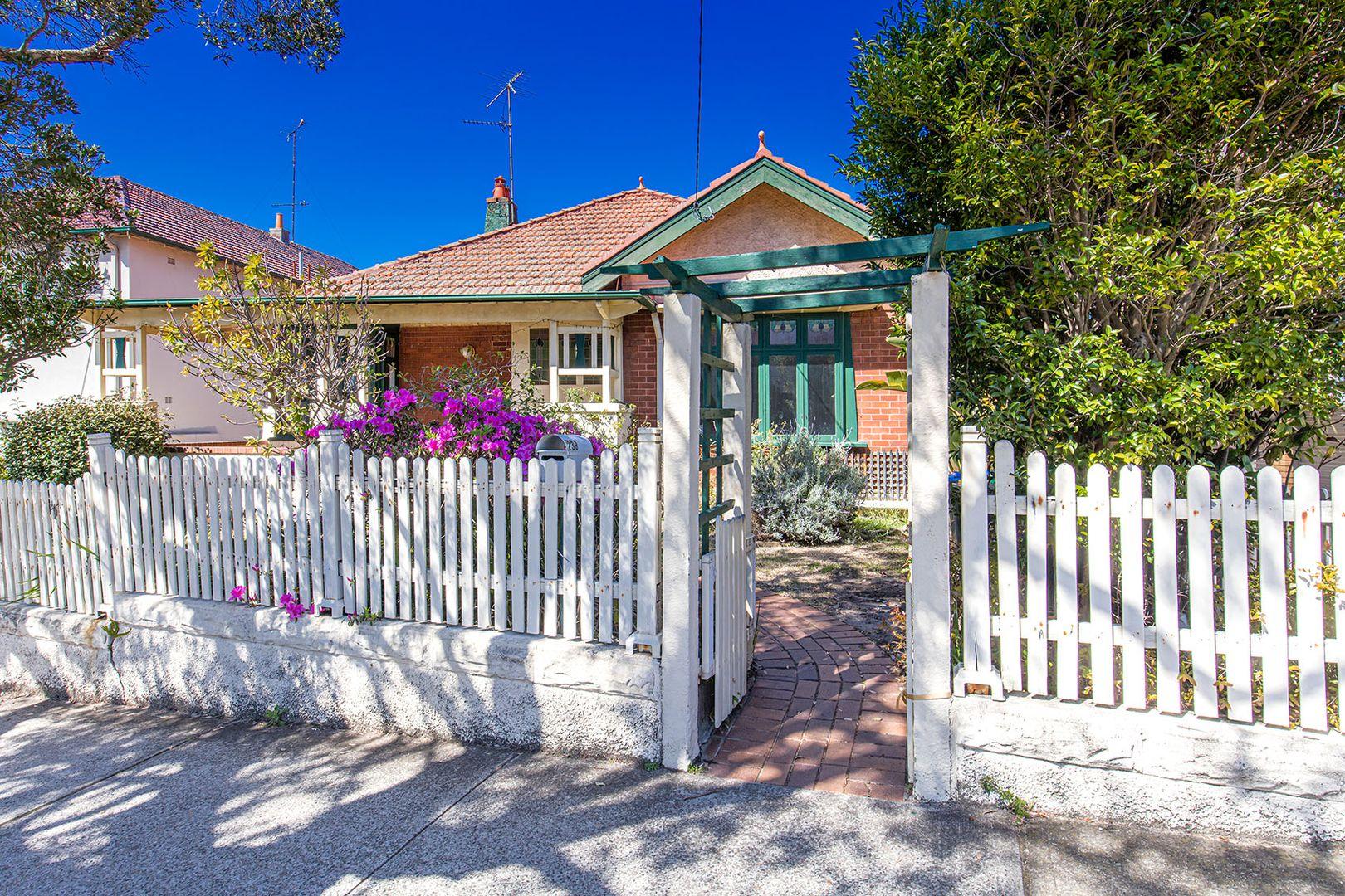 239 Raglan Street, Mosman NSW 2088, Image 0
