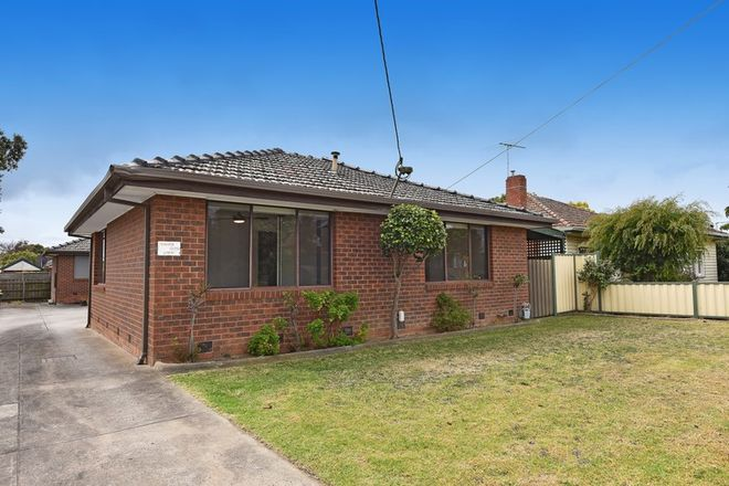 Picture of 1/24 Henty Street, RESERVOIR VIC 3073
