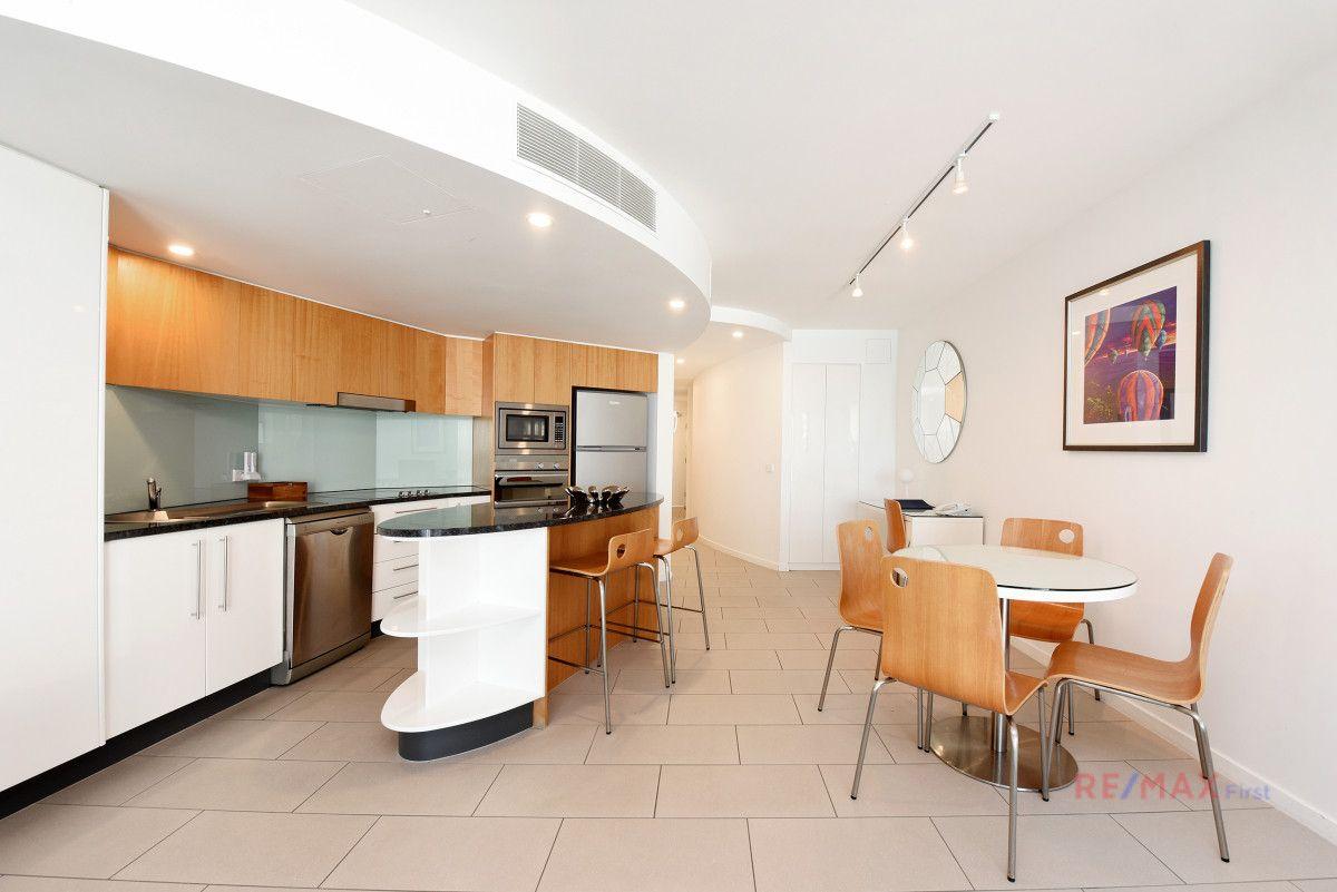307/10 Leeding Terrace, Caloundra QLD 4551, Image 2