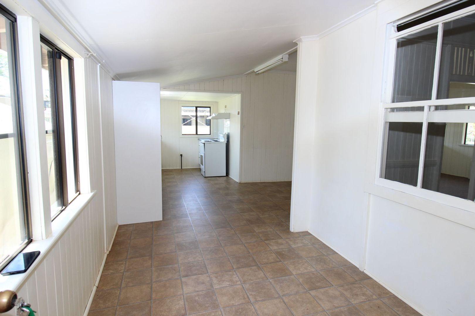 8 Toomey Street, Kingaroy QLD 4610, Image 2