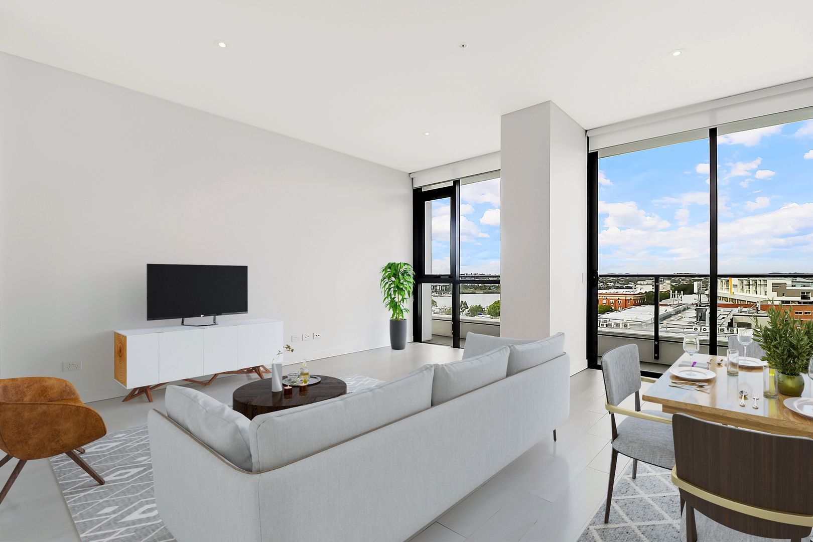 2080/48 Skyring Terrace, Newstead QLD 4006, Image 2