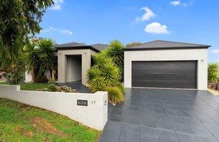 Picture of 17 Irrabella Place, Kangaroo Flat VIC 3555