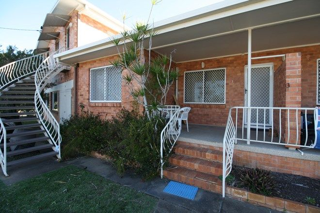 Picture of 3/7 Robert Street, TORQUAY QLD 4655