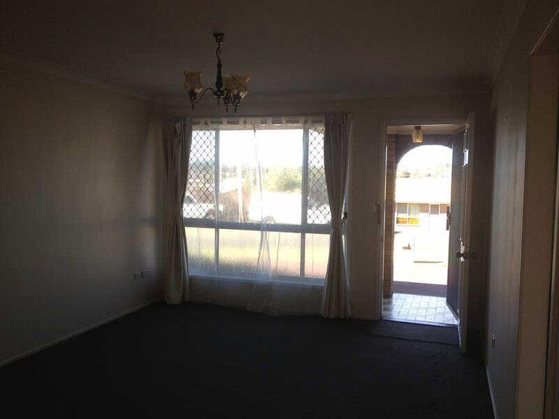 2/1 Richards Court, Kearneys Spring QLD 4350, Image 1