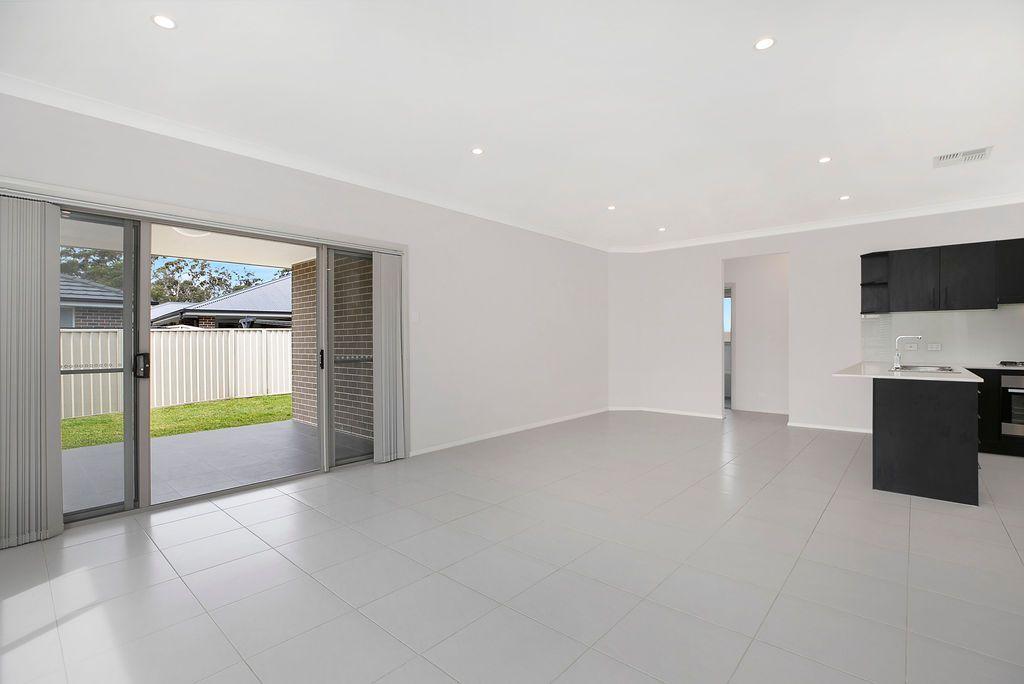 24 Thornbill Crescent, Braemar NSW 2575, Image 2