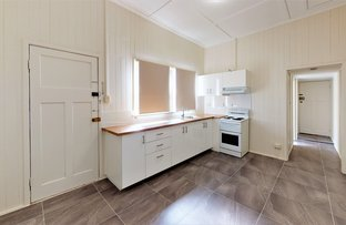 Picture of 2/14 James Street, Scarborough QLD 4020
