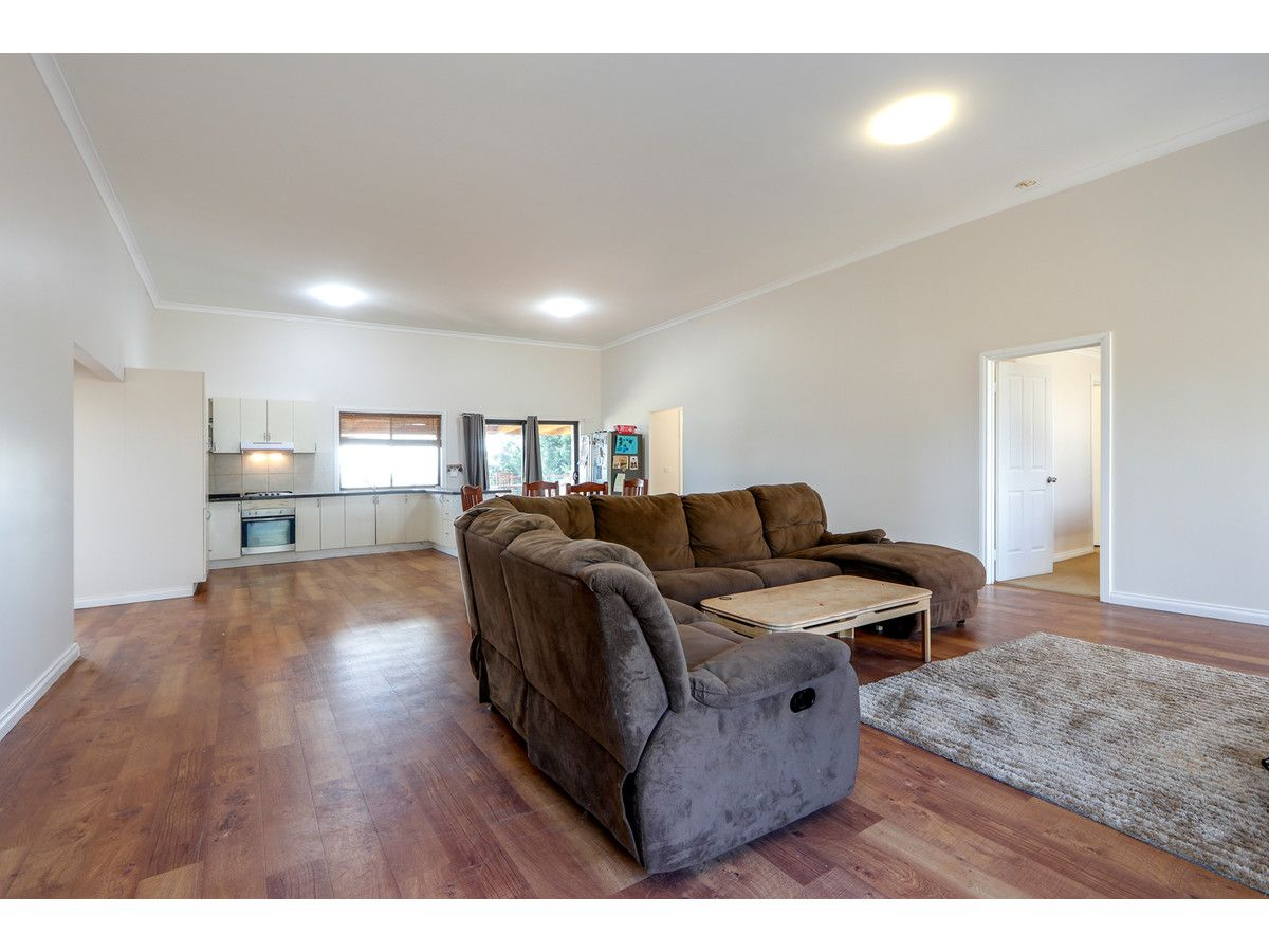 219 Mawley Road, Cobains VIC 3851, Image 2