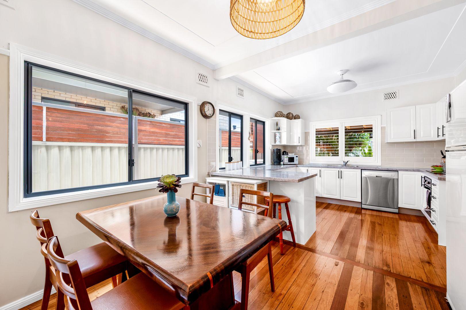 6 Faymax Street, Pelican NSW 2281, Image 2