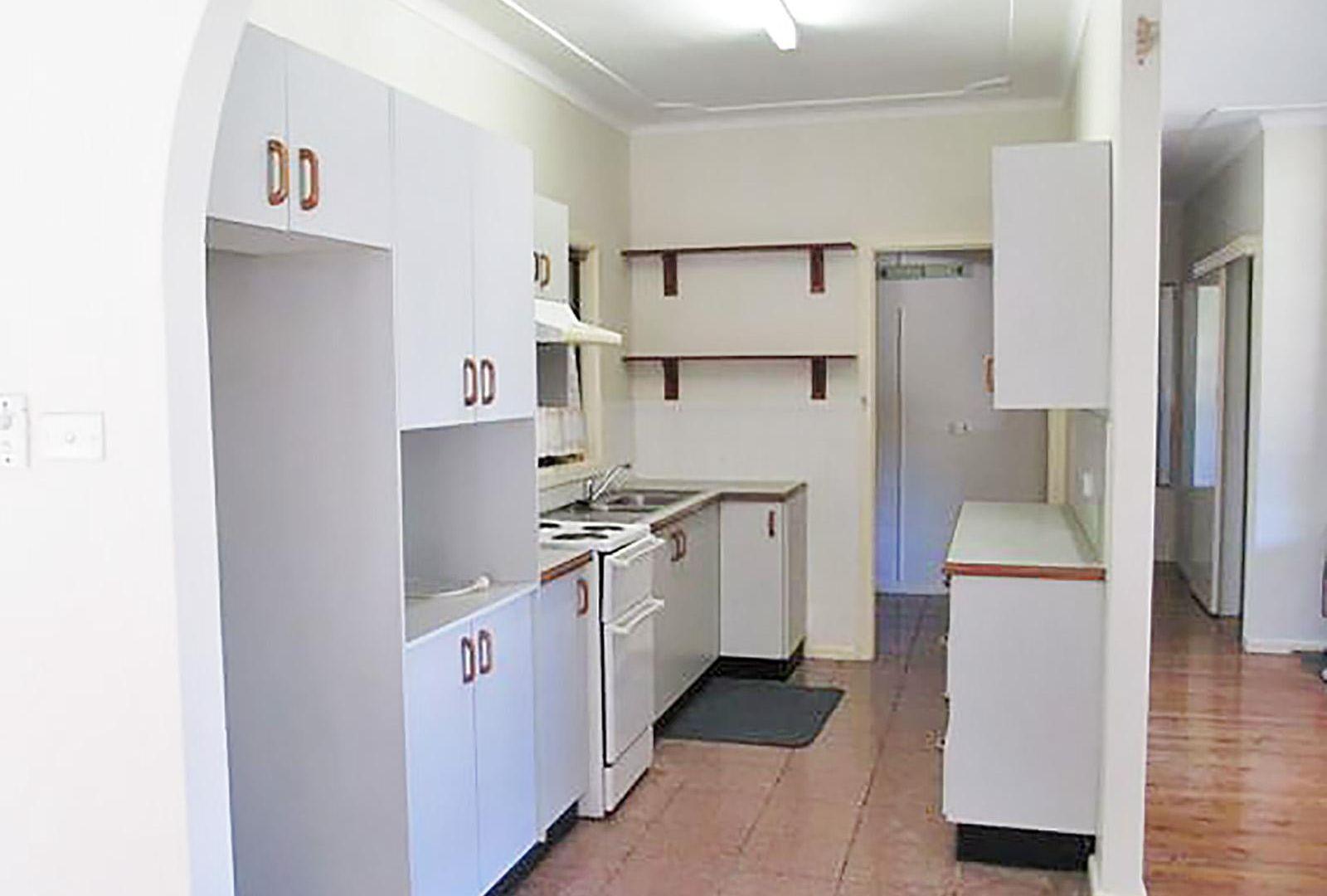 52 Boronia Avenue, Woy Woy NSW 2256, Image 2