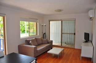 Picture of 3/169 Sir Fred Schonell Drive, St Lucia QLD 4067