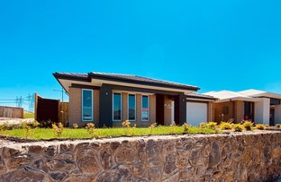 Picture of 56 Davenport Crescent, Wollert VIC 3750
