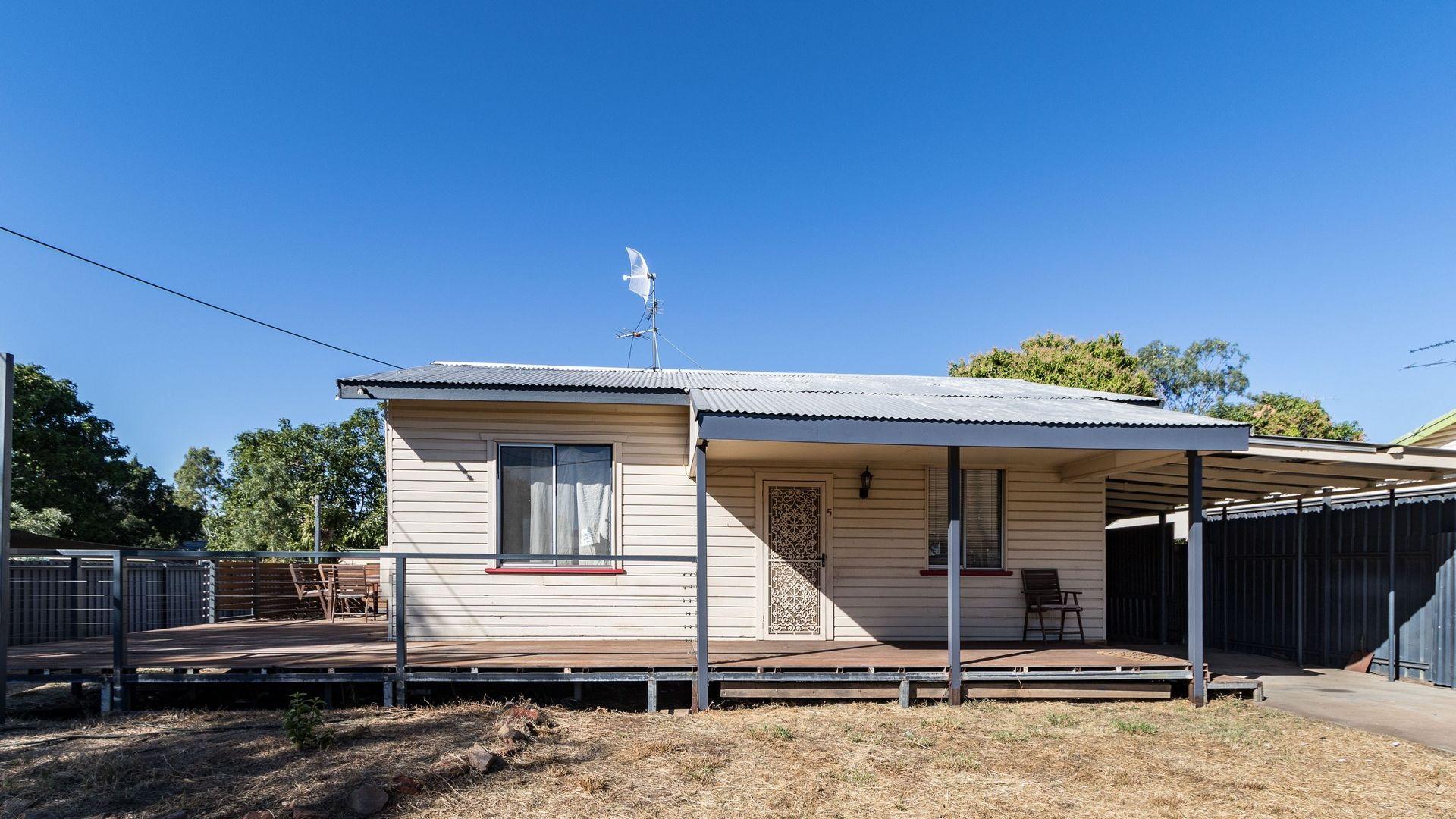 5 Hilton Road, Mount Isa QLD 4825, Image 1