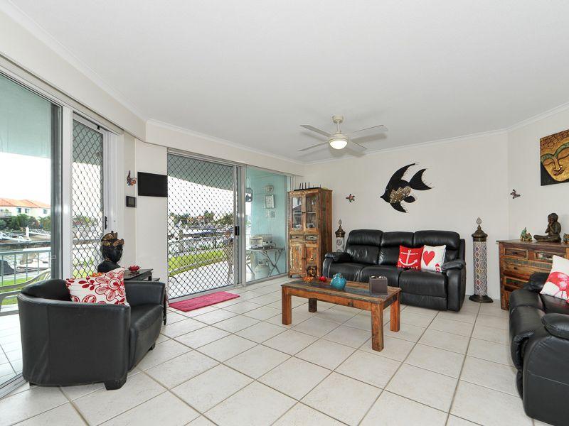 27/75 Morala Avenue, Runaway Bay QLD 4216, Image 2