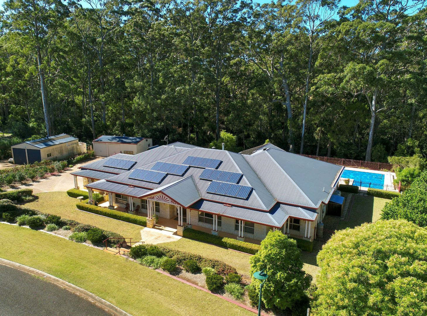6 Leanne Court, Highfields QLD 4352, Image 0