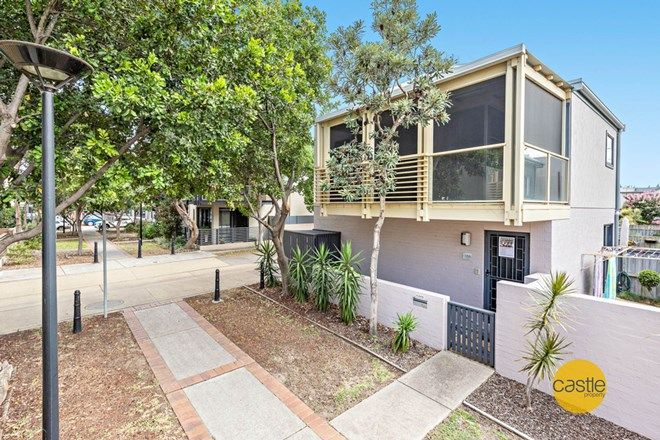 Picture of 2/106 The Lane, WICKHAM NSW 2293