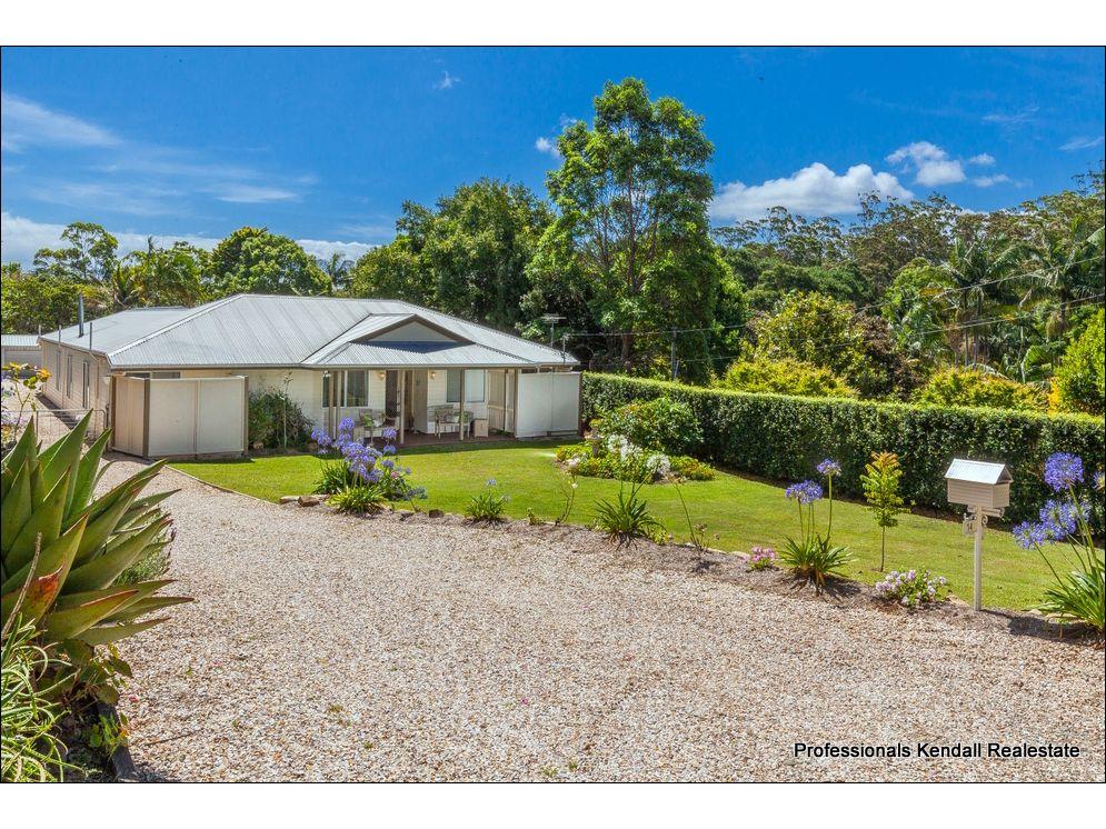 14 Ben Nevis Street, Tamborine Mountain QLD 4272, Image 2