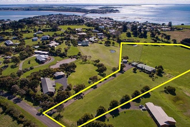 Picture of 17-19 Small Court, SAN REMO VIC 3925