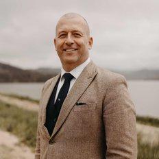 Johan Nilsson, Sales representative