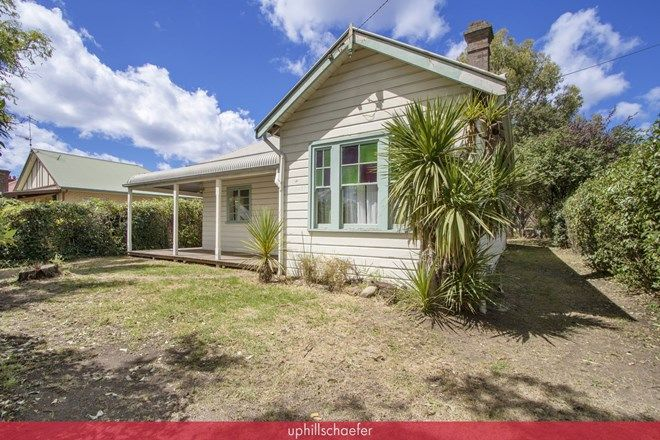 Picture of 176 Brown Street, ARMIDALE NSW 2350
