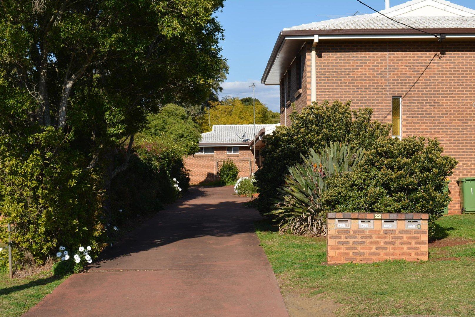 1/22 Kirklees Street, Newtown QLD 4350, Image 0