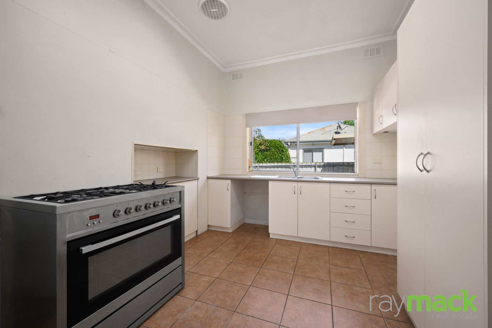 439 McDonald Road, Lavington NSW 2641, Image 1