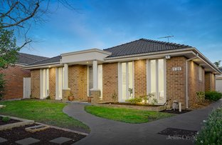 Picture of 1/26 Winbourne Road, Mount Waverley VIC 3149