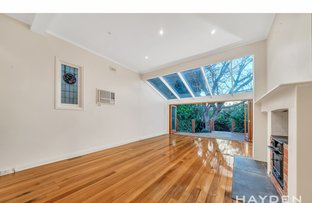 Picture of 10 Cobden Street, Caulfield North VIC 3161