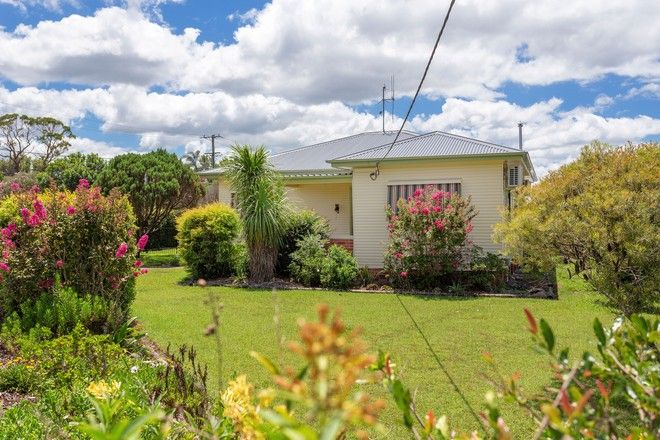 Picture of 29 Wingham Road, TAREE NSW 2430