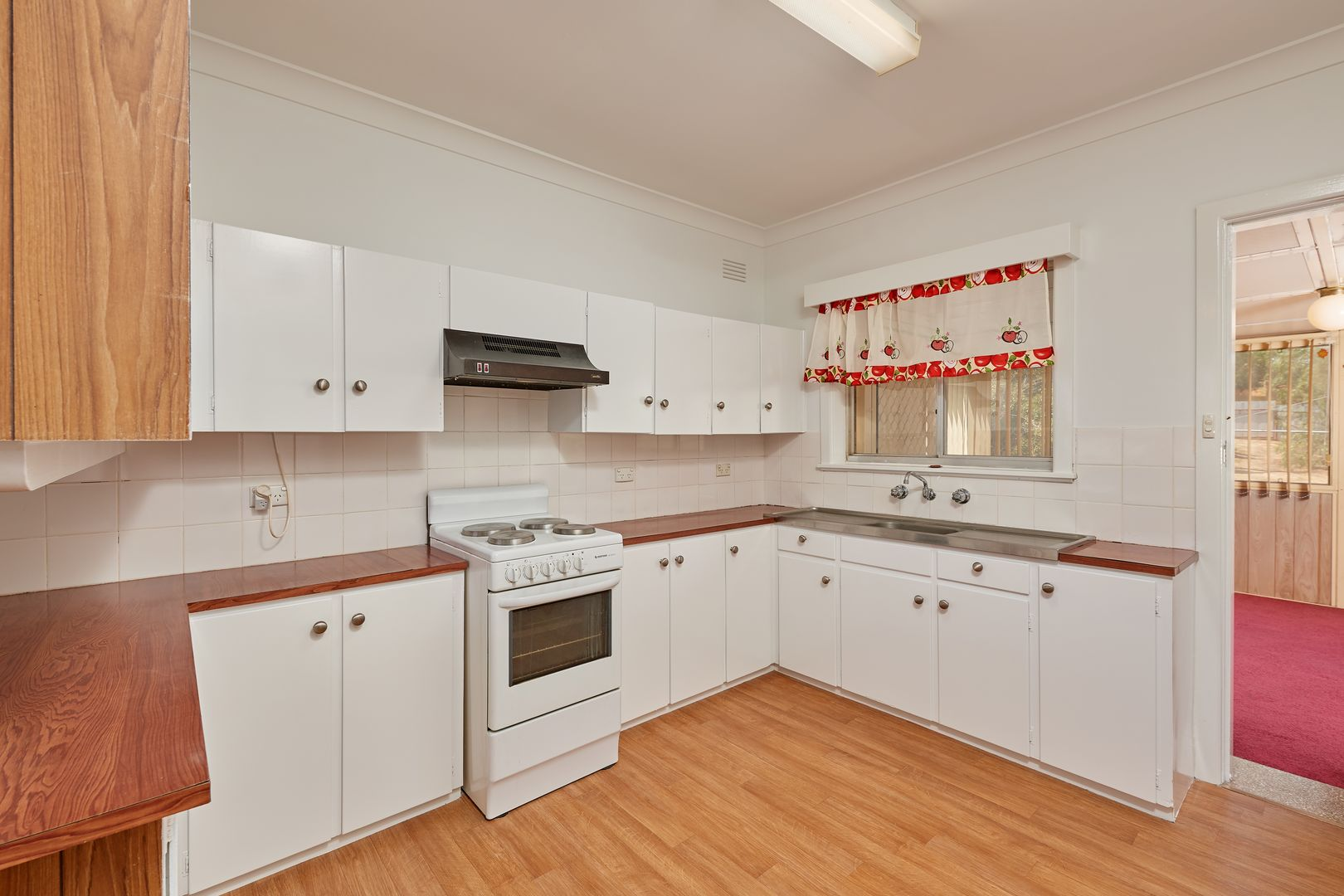 64 Commins Street, Junee NSW 2663, Image 1